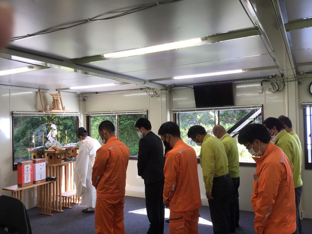 武部トンネル工事の安全祈願祭を執り行いました。